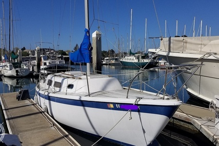 Cal Yachts 2-29 for sale in United States of America for $15,000 (£10,803)