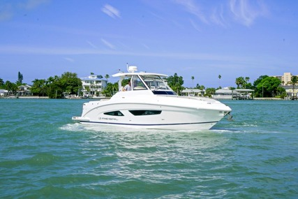 Regal 33 SAV for sale in United States of America for $324,950 (£234,293)