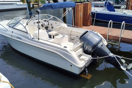 Wellcraft 220 Sportsman for sale in United States of America for $27,800 (£19,921)