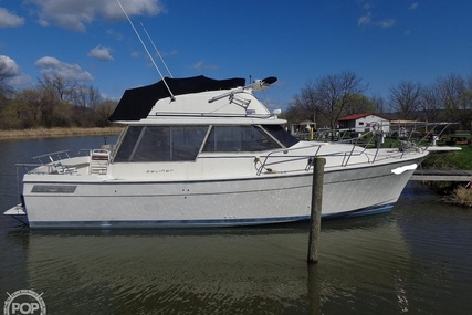 Bayliner 3270 Motor Yacht for sale in United States of America for $15,000 (£10,561)