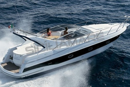 Sessa Marine Oyster 42 for sale in Italy for €130,000 (£111,567)