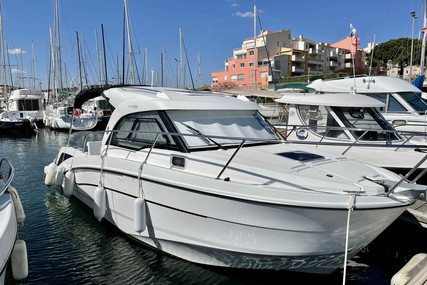 Beneteau Antares 8 OB for sale in France for €69,000 (£59,327)