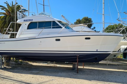Beneteau Antares 10.80 for sale in France for €70,000 (£60,187)