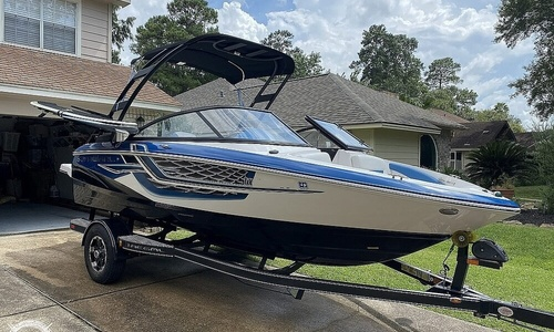 Image of Regal 1900 ESX Surf for sale in United States of America for $46,500 (£33,388) San Antonio, Texas, United States of America