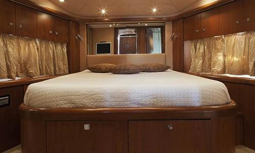 Image of Sunseeker Predator 72 for sale in Italy for €635,000 (£547,579) Naples, Italy