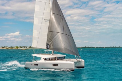 Lagoon 42 for charter in Spain (Balearic Islands) from €2,700 / week