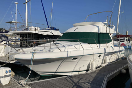 Prestige 36 for sale in France for €92,000 (£79,987)