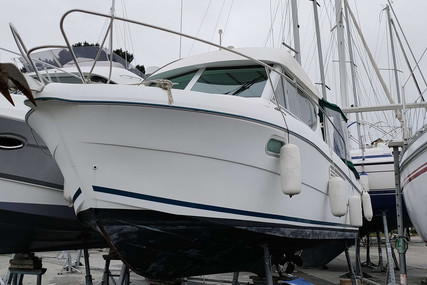 Jeanneau Merry Fisher 805 for sale in France for €41,000 (£35,583)