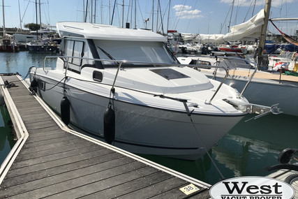 Jeanneau MERRY FISHER 695 SERIE 2 for sale in France for €73,630 (£63,308)