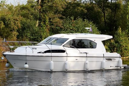 Haines 32 Sedan for sale in United Kingdom for £144,950