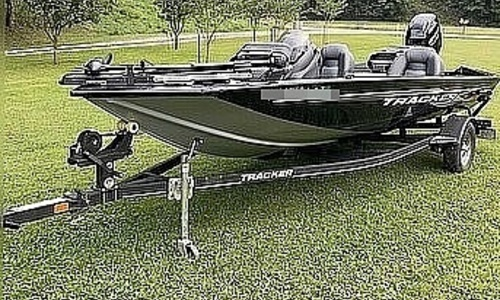 Image of Tracker Pro Team 175 TXW for sale in United States of America for $22,900 (£16,666) Wallace, West Virginia, United States of America