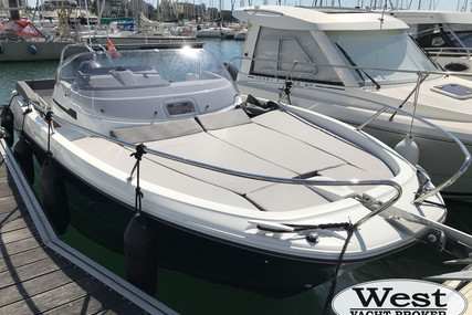 Jeanneau CAP CAMARAT 6.5 WA SERIE 3 for sale in France for €54,900 (£47,720)
