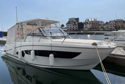 Jeanneau Cap Camarat 10.5 WA for sale in France for €160,000 (£136,804)