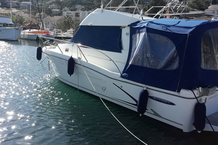 Beneteau Antares 9 for sale in France for €59,000 (£50,793)