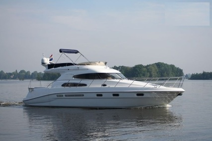 Sealine 47 for sale in Italy for €159,000 (£136,710)