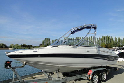 Crownline 19 Ss for sale in France for €26,900 (£23,170)