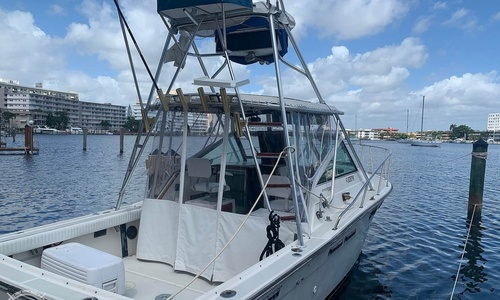 Image of Tiara 2700 Pursuit for sale in United States of America for $37,500 (£27,276) Hallandale, Florida, United States of America