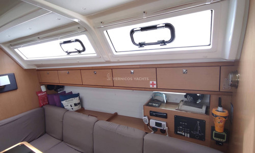Image of Bavaria Yachts Cruiser 46 for sale in Greece for €150,000 (£126,718) Athens, , Greece