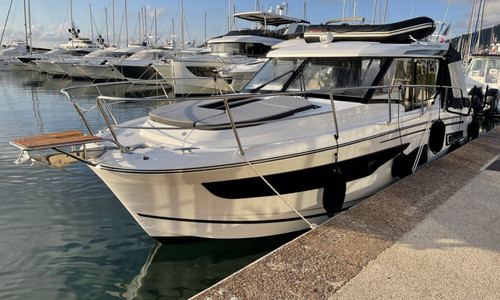 Image of Jeanneau Merry Fisher 1095 for sale in France for €249,000 (£213,282) CANNES, , France