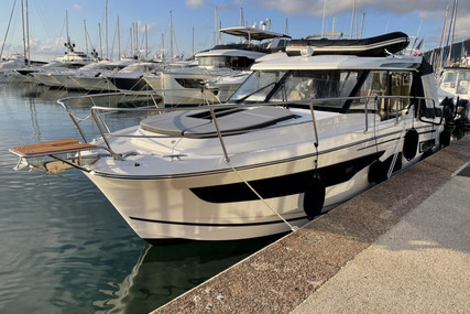 Jeanneau Merry Fisher 1095 for sale in France for €249,000 (£216,437)