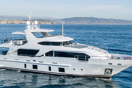 Benetti Delfino 93 for sale in France for €6,700,000 (£5,768,105)