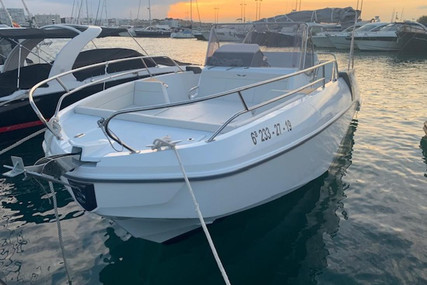Beneteau Flyer 8.8 SpaceDeck for sale in Spain for €117,000 (£100,777)
