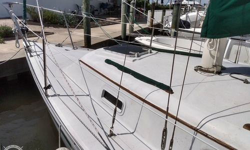 Image of Irwin Yachts Citation 30 for sale in United States of America for $12,750 (£9,155) Indian Harbour Beach, Florida, United States of America