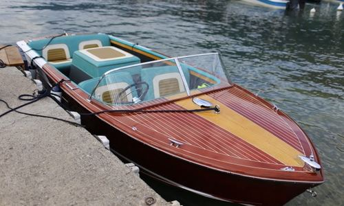 Image of Chris-Craft Continental for sale in United Kingdom for £34,950 Beale Park, United Kingdom