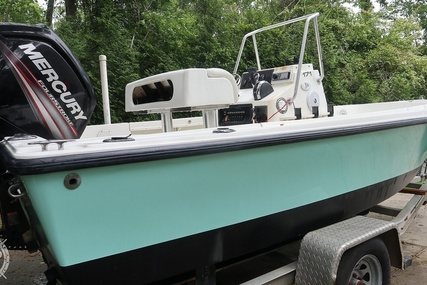 Mako 171 CENTER CONSOLE for sale in United States of America for $23,000 (£16,311)