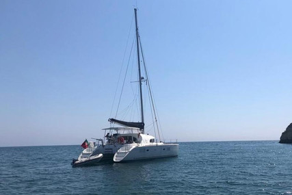 Lagoon 380 for sale in Portugal for €230,000 (£198,172)