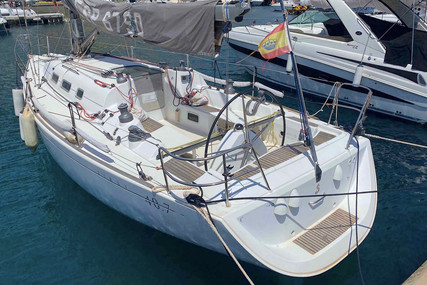 Beneteau First 40.7 for sale in Spain for €98,000 (£84,411)