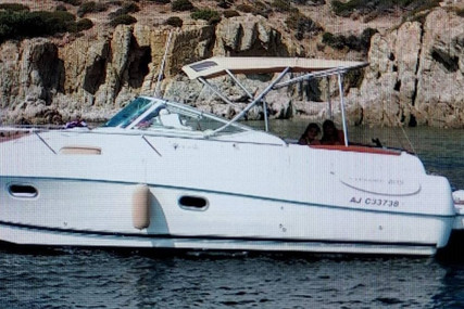 Jeanneau Leader 805 for sale in France for €38,500 (£33,145)