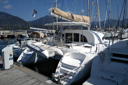 Lagoon 380 for sale in France for €190,000 (£163,573)