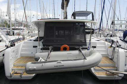Lagoon 40 for sale in Greece for €320,000 (£275,717)