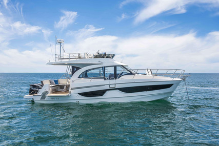 Beneteau Antares 11 for sale in France for €299,000 (£257,408)