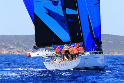 Solaris 42 Race for sale in Italy for €425,000 (£366,070)