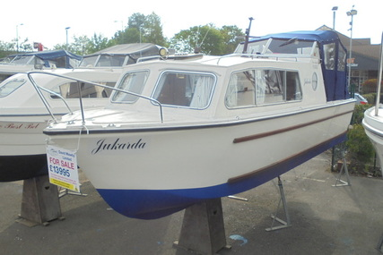 Classic Cruiser NOW SOLD 27ft Narrow Beam : Jukarda for sale in United Kingdom for £13,995