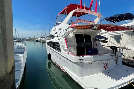 Carver Yachts 360 Sport Sedan for sale in Thailand for $273,600 (£193,572)