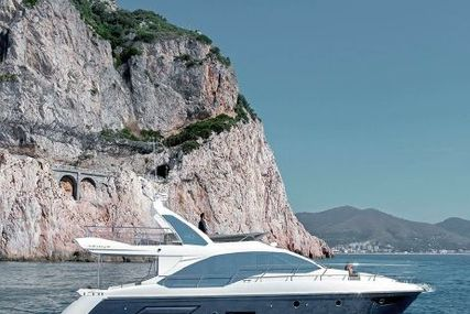Azimut Yachts 50 for sale in United Arab Emirates for $900,000 (£638,248)