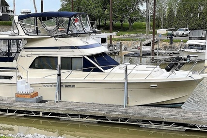Chris-Craft Catalina 426 for sale in United States of America for $76,400 (£55,570)