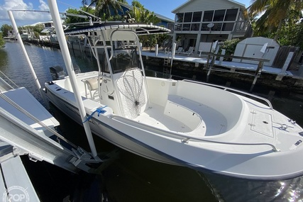Mako 252 CC for sale in United States of America for $21,750 (£15,748)