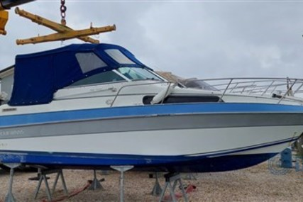 Four Winns 235 Vista for sale in Italy for €15,000 (£12,907)
