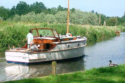 24ft. WILSON CLASSIC MOTOR CRUISER for sale in United Kingdom for £18,500