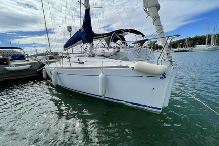Beneteau First 211 for sale in France for €13,000 (£11,135)