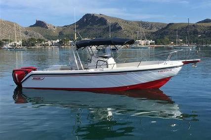 Boston Whaler 260 Outrage for sale in Spain for €74,995 (£63,999)