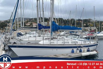 Hallberg-Rassy 34 for sale in France for €80,000 (£68,574)