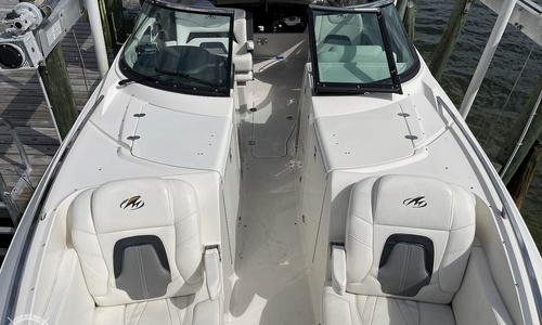 Image of Monterey 328 SS for sale in United States of America for $119,500 (£86,802) Sarasota, Florida, United States of America