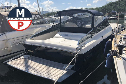 Itama 40 for sale in France for €229,000 (£195,324)