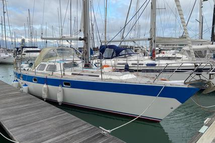 Oyster 435 deck saloon for sale in United Kingdom for £90,000