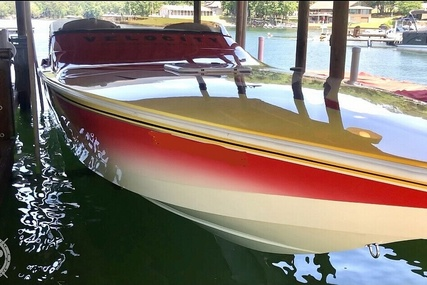 Velocity 320 for sale in United States of America for $112,000 (£79,390)